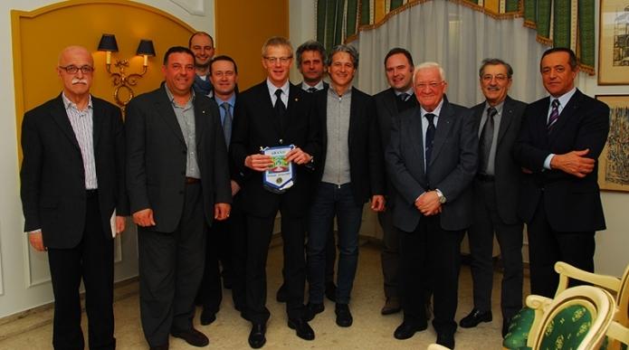 Le nuove povertà: consegna del contributo di 6 mila euro a 6 famiglie bisognose del comprensorio termale