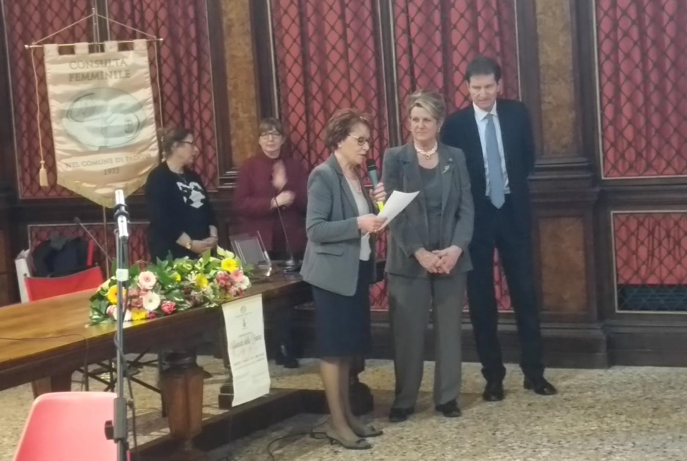 PADOVA ELENA CORNARO PISCOPIA: il sigillo della citta' a  Rosa Bianca Guglielmi